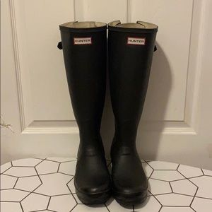 Lightly used Hunter Boots with adjustable back